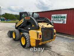 2012 New Holland L225 Skid Steer Loader with Cab Clean Machine 3000Hrs