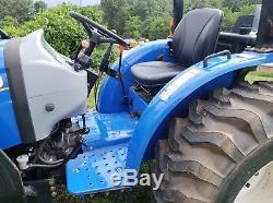 2016 New Holland Workmaster 33 Tractor 4x4 Loader 2 Hours