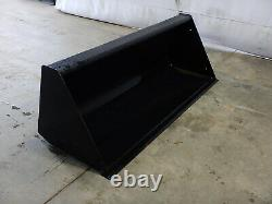 72 New Holland Smooth Edge Front Loader Bucket Universal Quick-Attach