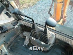 Ford New Holland 675E Tractor Loader Backhoe, 4x4, Cab, Ext Hoe, 5230 Hours