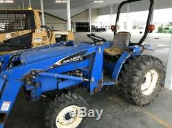 NEW HOLLAND TC30 COMPACT TRACTOR With LOADER. 4X4. 636 HRS. RUNS GREAT