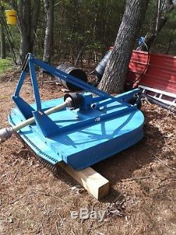 New Holland Commercial T2220 4 X 4 Tractor With Loader