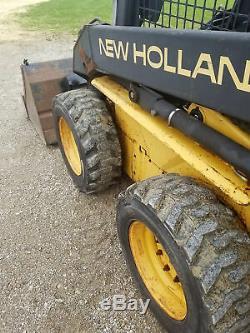 New Holland LX 565 Skidsteer Lx565 Skid Steer Loader With Bucket