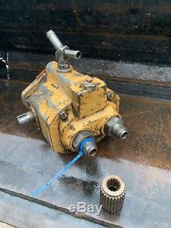 New Holland Lx885 Drive Motor Skid Steer Loader Gear