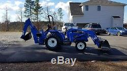 New Holland TC 30 Tractor 4x4 loader Backhoe. 300hrs. Free delivery