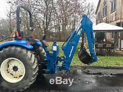 New Holland TC40 Diesel Tractor, 40HP, 350Hrs, Shuttle Trans, 4x4, Loader & Hoe