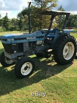 New Holland Tractor 3010, 55HP, with front end loader