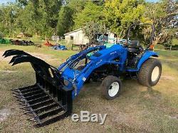 New Holland tc45 tractor loader super steer hst