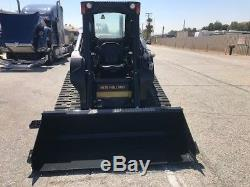 New-holland C238 Loader Only 1189 Hours Year 2013 California Rust Free Very Clea