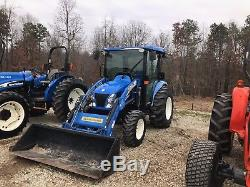 NewHolland 3050 Boomer Tractor. Cab. Air. Heat. 4x4. With Loader. Only 350 Hours
