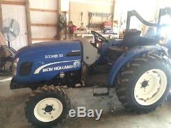 NewHolland Boomer 30 Tractor. 4x4. Loader Ready. 230 Hours